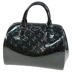LOUIS VUITTON Montana Monogram Verni Womens handbag M90063 noir Magnetique