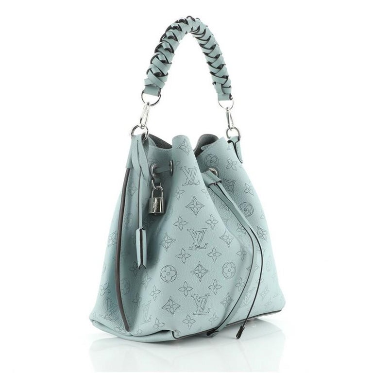 Louis Vuitton Muria Bucket Bag Mahina Leather In Good Condition For Sale In New York, NY