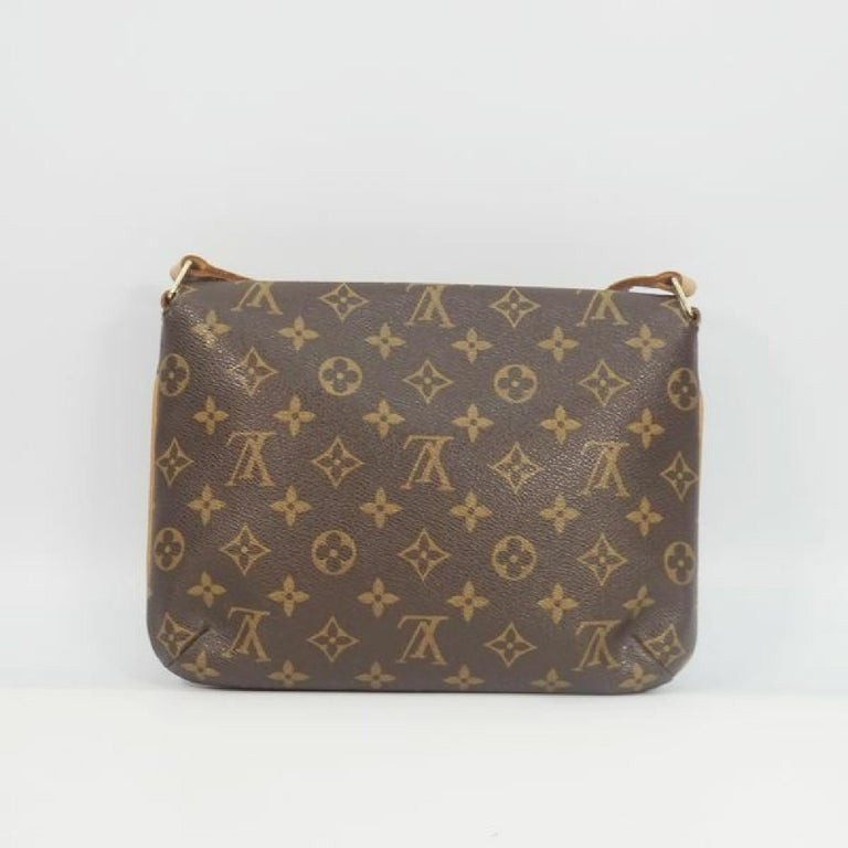 LOUIS VUITTON Musette Tango shorts Womens shoulder bag M51257 In Excellent Condition For Sale In Takamatsu-shi, JP