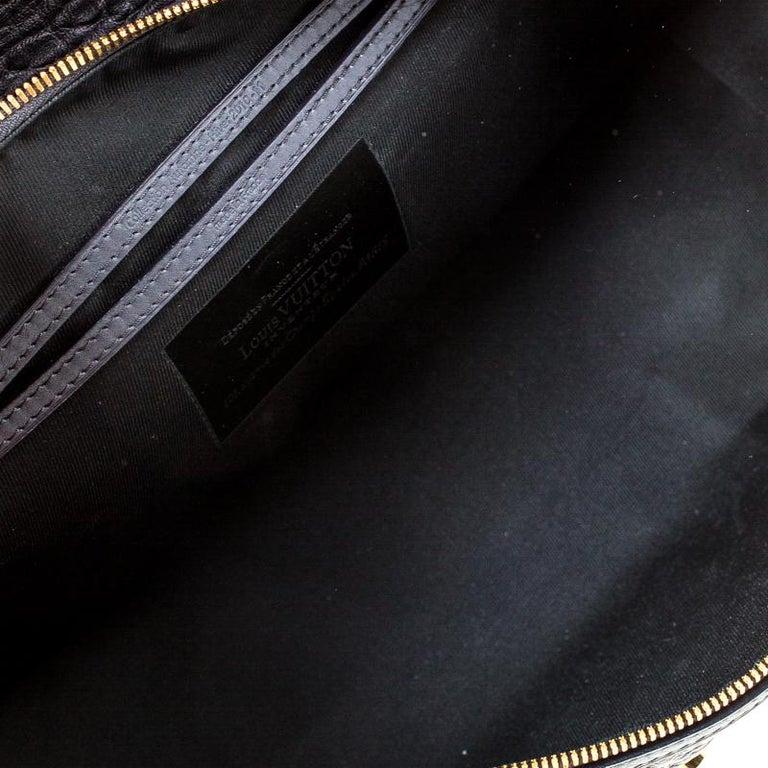 Louis Vuitton Navy Blue Gris Monogram Limited Edition Volupte Beaute Bag For Sale 5