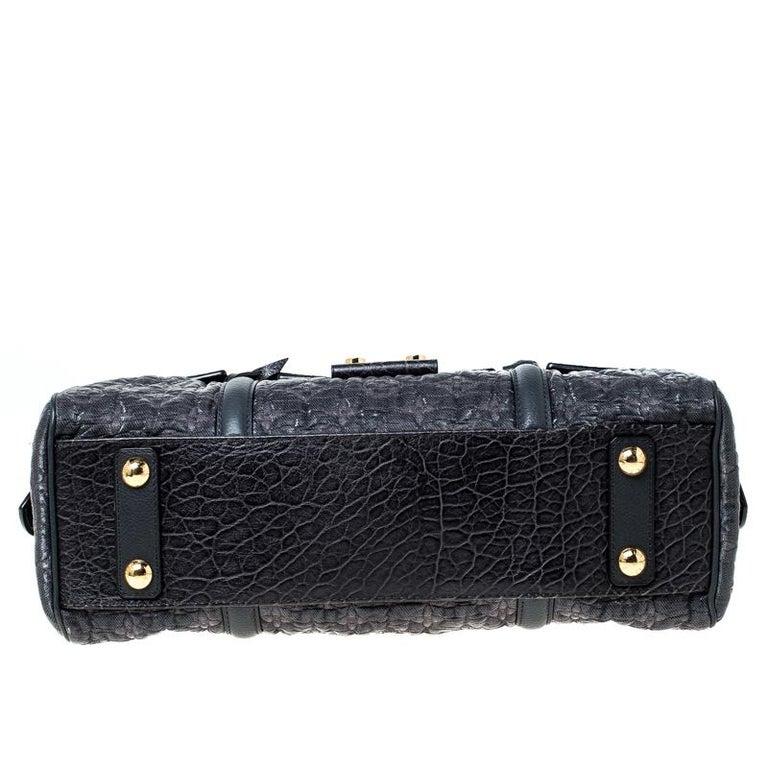 Louis Vuitton Navy Blue Gris Monogram Limited Edition Volupte Beaute Bag For Sale 6