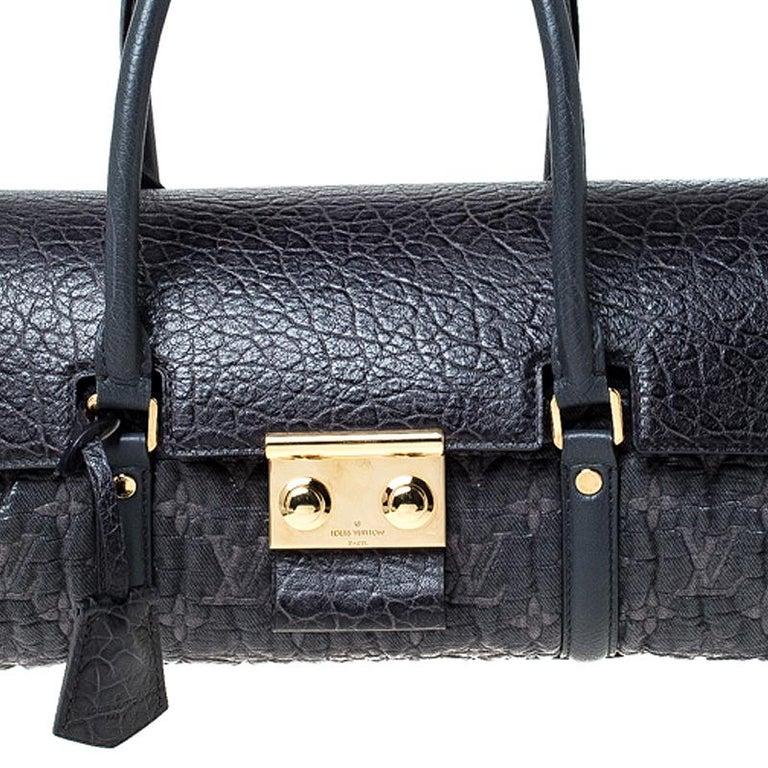 Louis Vuitton Navy Blue Gris Monogram Limited Edition Volupte Beaute Bag For Sale 7