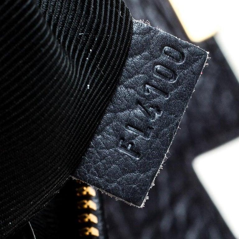 Louis Vuitton Navy Blue Gris Monogram Limited Edition Volupte Beaute Bag For Sale 4