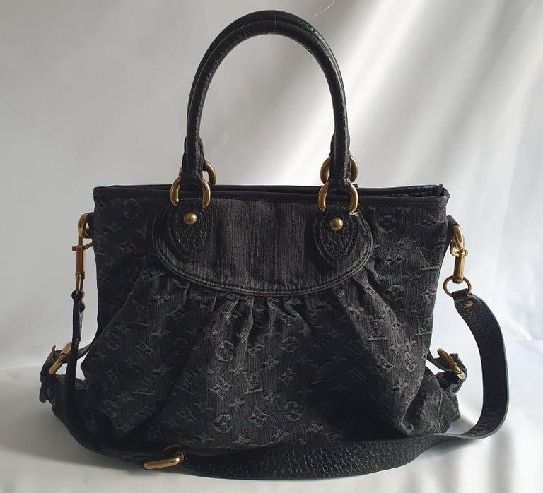 Black Louis Vuitton, Neo Gaby in grey Denim For Sale