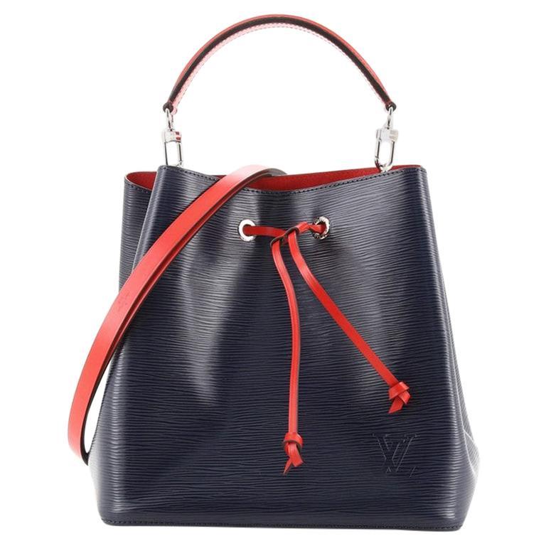 Louis Vuitton NeoNoe Handbag Epi Leather MM For Sale