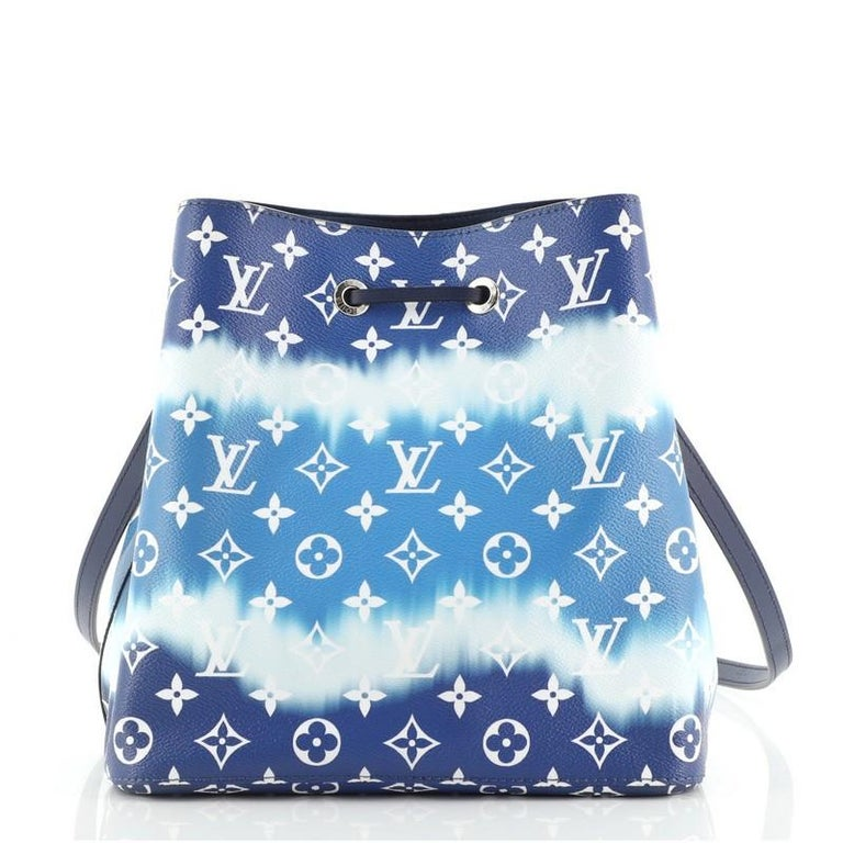 Louis Vuitton NeoNoe Handbag Limited Edition Escale Monogram Giant MM In Good Condition For Sale In New York, NY