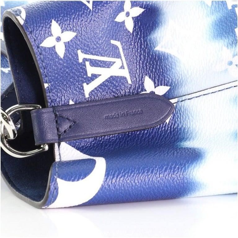 Louis Vuitton NeoNoe Handbag Limited Edition Escale Monogram Giant MM For Sale 2