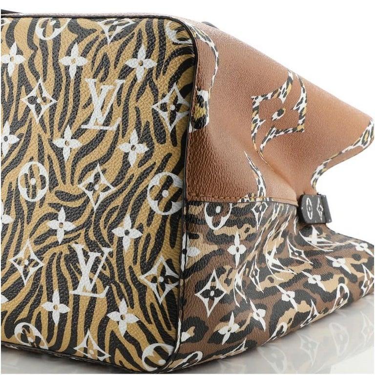 Louis Vuitton NeoNoe Handbag Limited Edition Jungle Monogram Giant For Sale 3