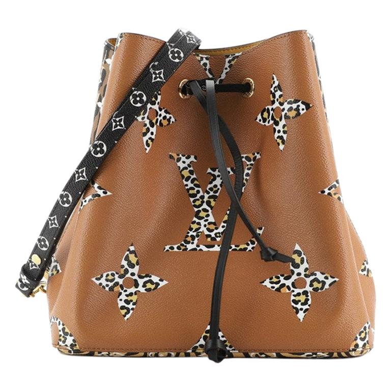 Louis Vuitton NeoNoe Handbag Limited Edition Jungle Monogram Giant For Sale