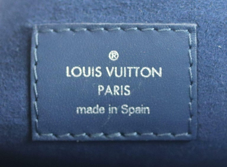 Louis Vuitton Neverfall MM Epi Leather Tote Bag For Sale 5