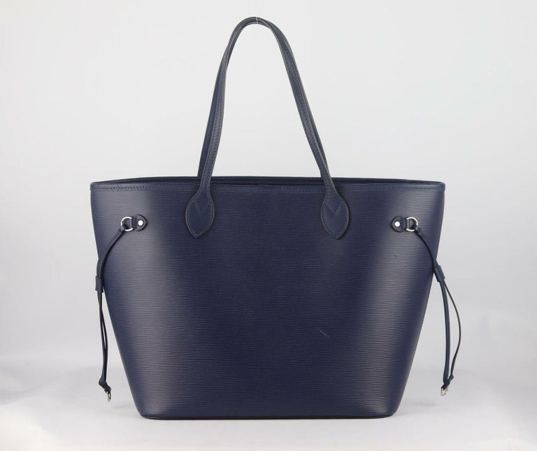 Louis Vuitton Neverfall MM Epi Leather Tote Bag In Excellent Condition For Sale In London, GB