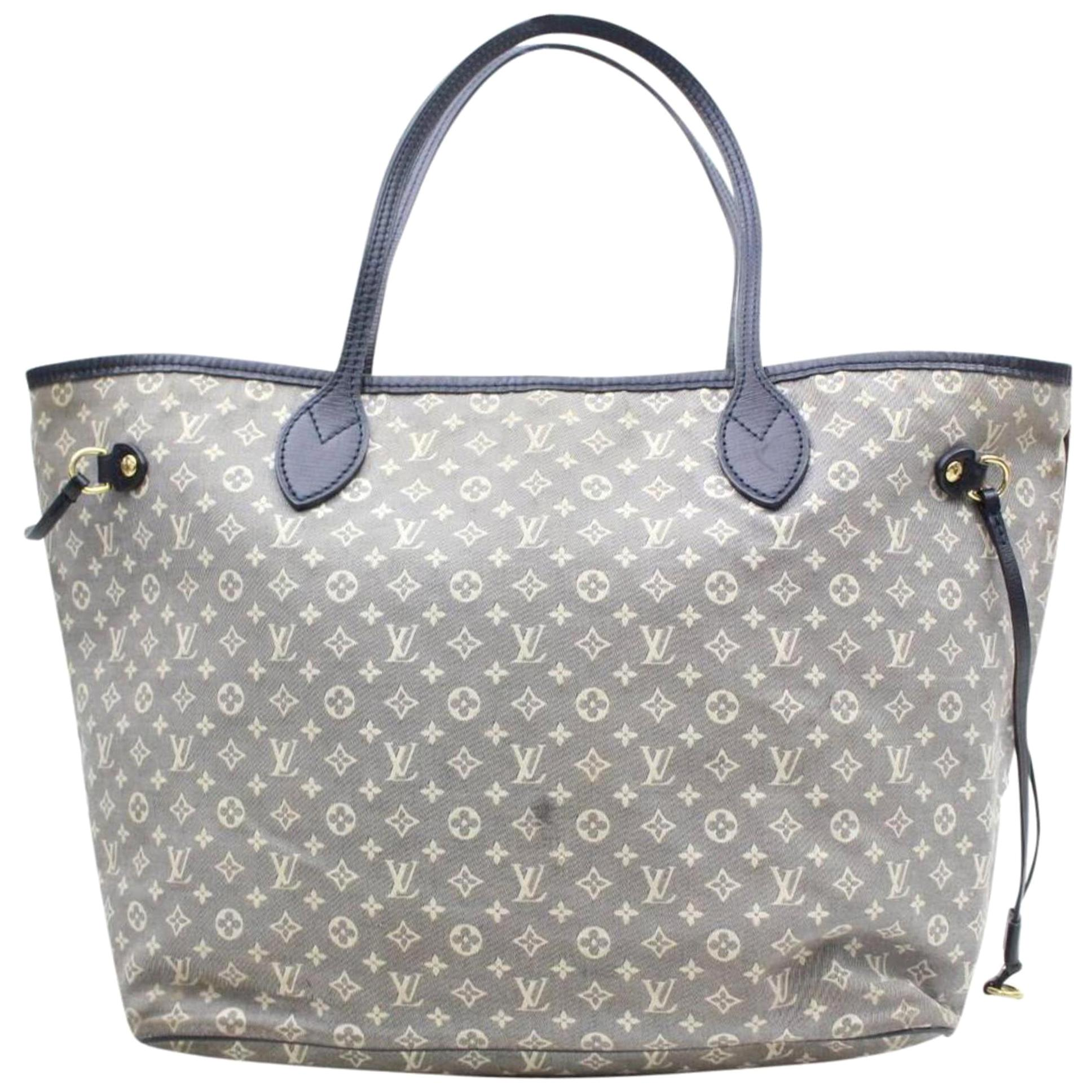 2231430caf09 Vintage Tote Bags For Sale in USA - 1stdibs - Page 4