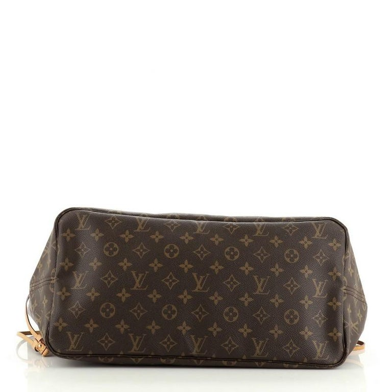 Women's or Men's Louis Vuitton Neverfull NM Tote Monogram Canvas GM For Sale