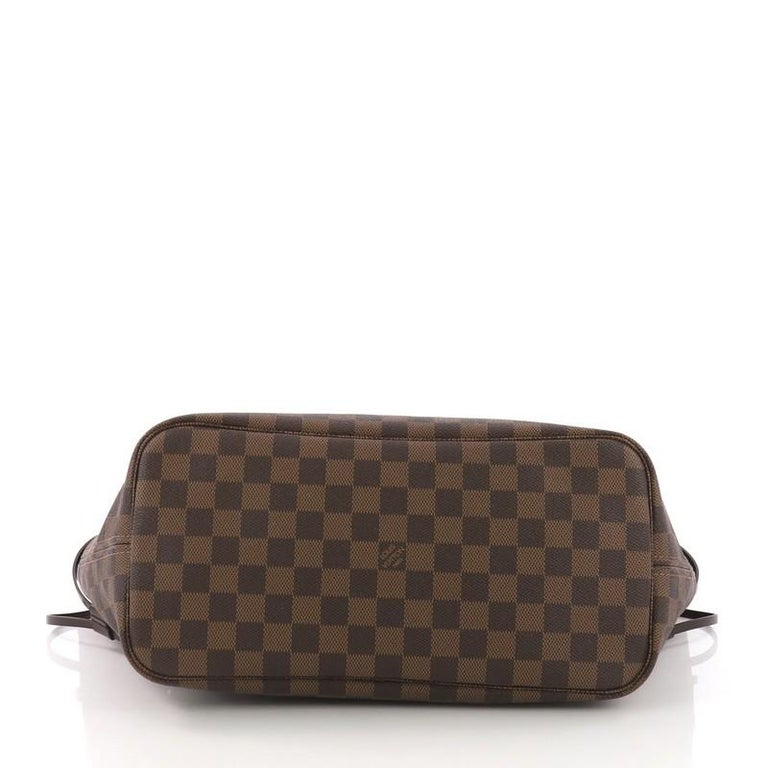 Women's Louis Vuitton Neverfull Tote Damier MM For Sale