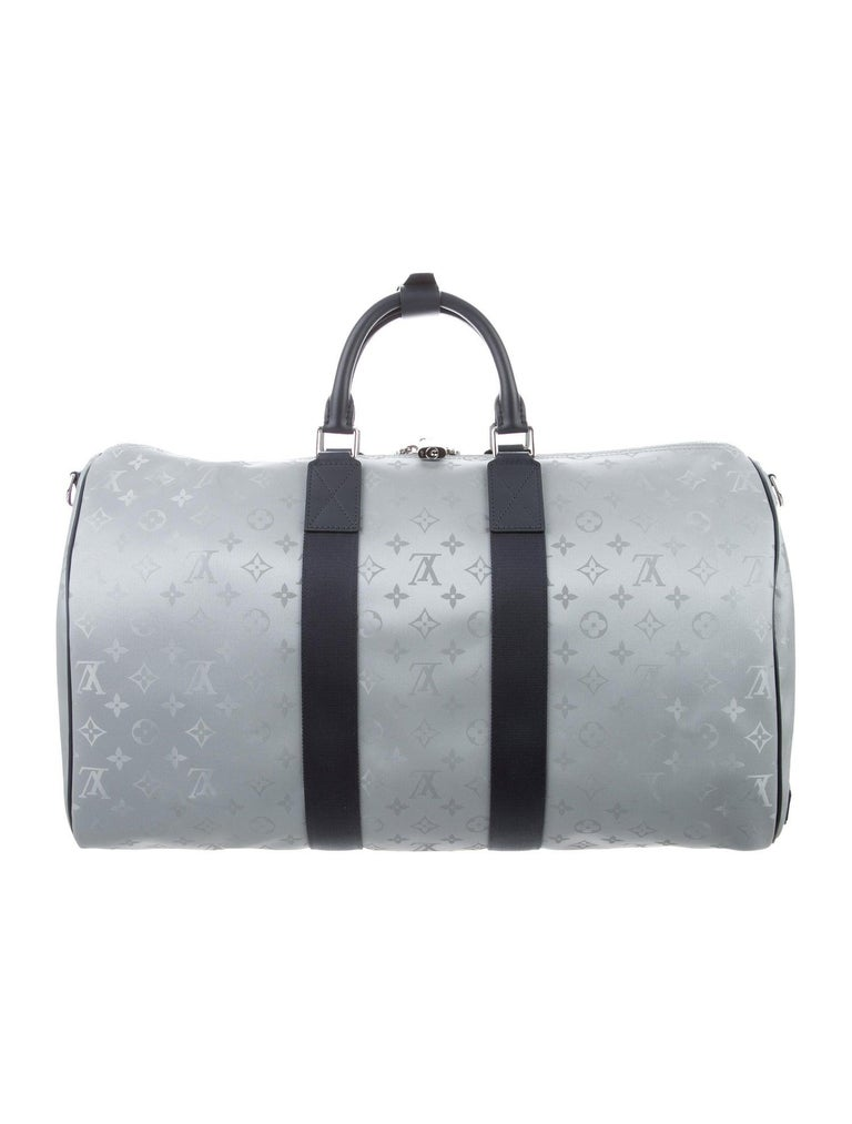 Louis Vuitton NEW Monogram Blue Silver Top Handle Men's Travel Duffle Bag In New Condition For Sale In Chicago, IL