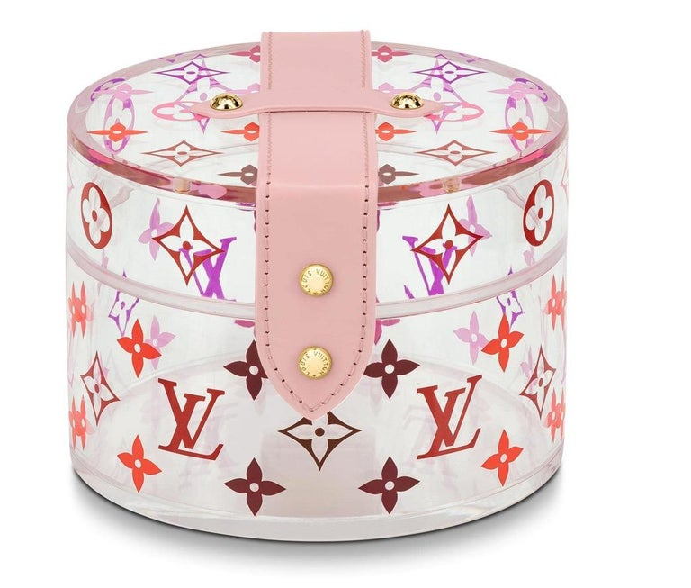 Louis Vuitton NEW Pink Monogram Plexi Leather Cosmetic Travel Vanity Jewelry Trinket Box in Box  Plexiglass  Leather handle Gold tone hardware  Push lock closure Signed Measures 3.75