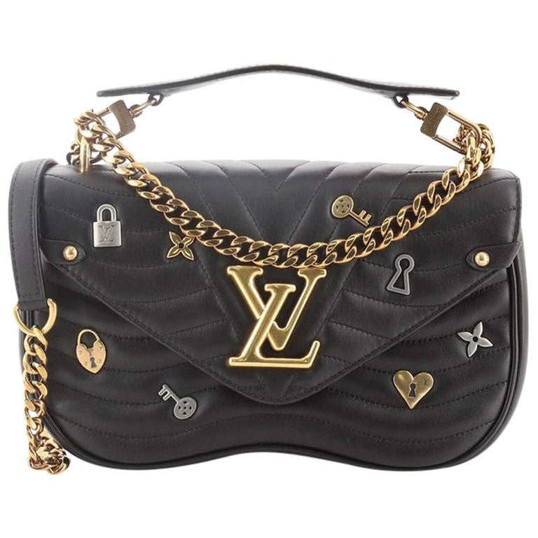 Louis Vuitton New Wave Chain Bag Limited Edition Love Lock Quilted Leather MM For Sale