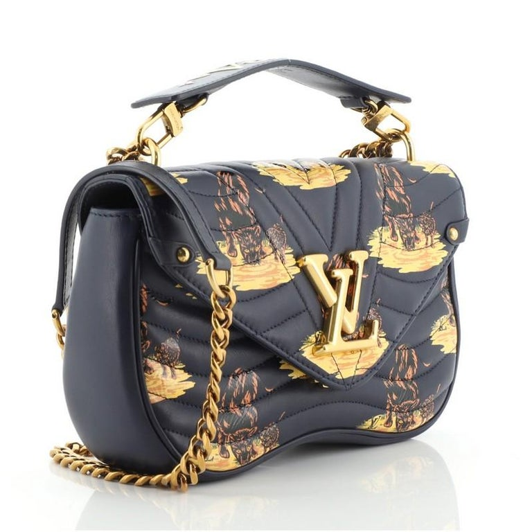 Louis Vuitton New Wave Chain Bag Limited Edition Printed Quilted Leather  In Good Condition For Sale In New York, NY