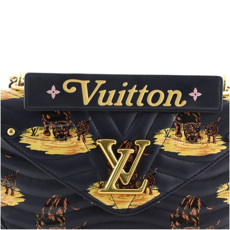 Louis Vuitton New Wave Chain Bag Limited Edition Printed Quilted Leather  For Sale 3