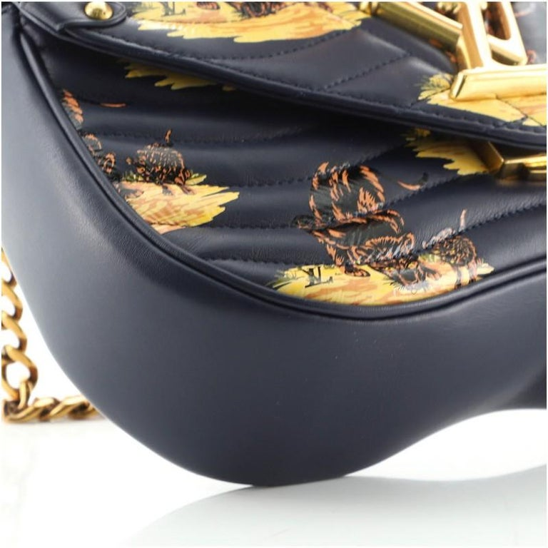 Louis Vuitton New Wave Chain Bag Limited Edition Printed Quilted Leather  For Sale 4