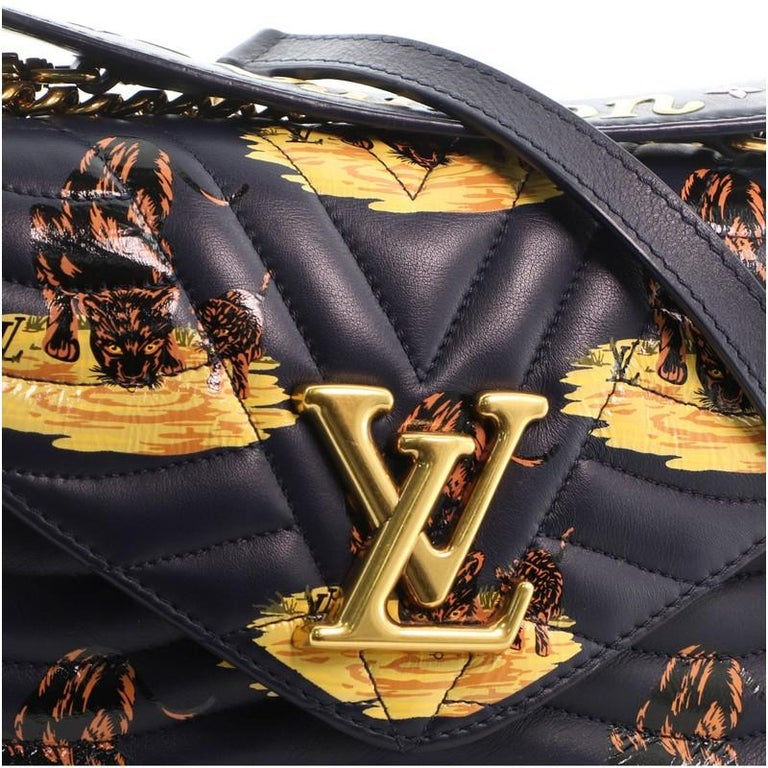 Louis Vuitton New Wave Chain Bag Limited Edition Printed Quilted Leather  For Sale 5