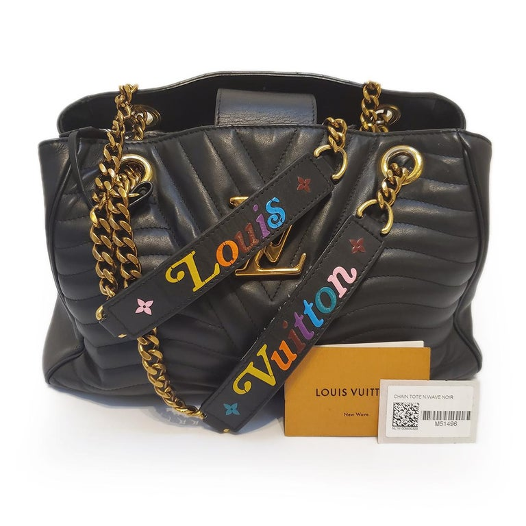 Louis Vuitton New Wave Chain Black Quilted Tote Handbag For Sale 4