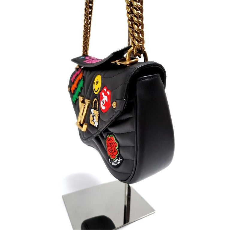 Women's Louis Vuitton New Wave MM Black Hand Bag For Sale