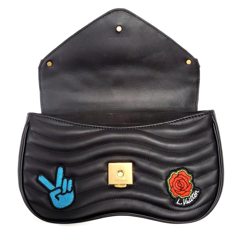 Louis Vuitton New Wave MM Black Hand Bag For Sale 5