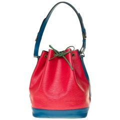 Louis Vuitton Noé Grand modele shoulder bag in red epi leather, gold hardware