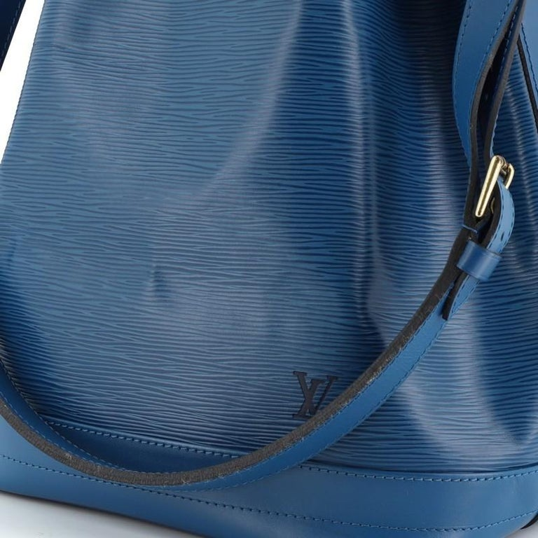 Louis Vuitton Noe Handbag Epi Leather Large For Sale 2