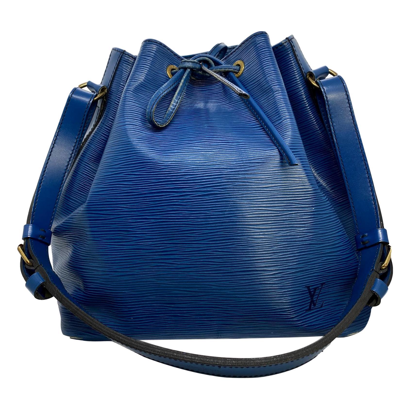Louis Vuitton Noe PM Bucket Bag in Toledo Blue EPI Leather, France 1995.