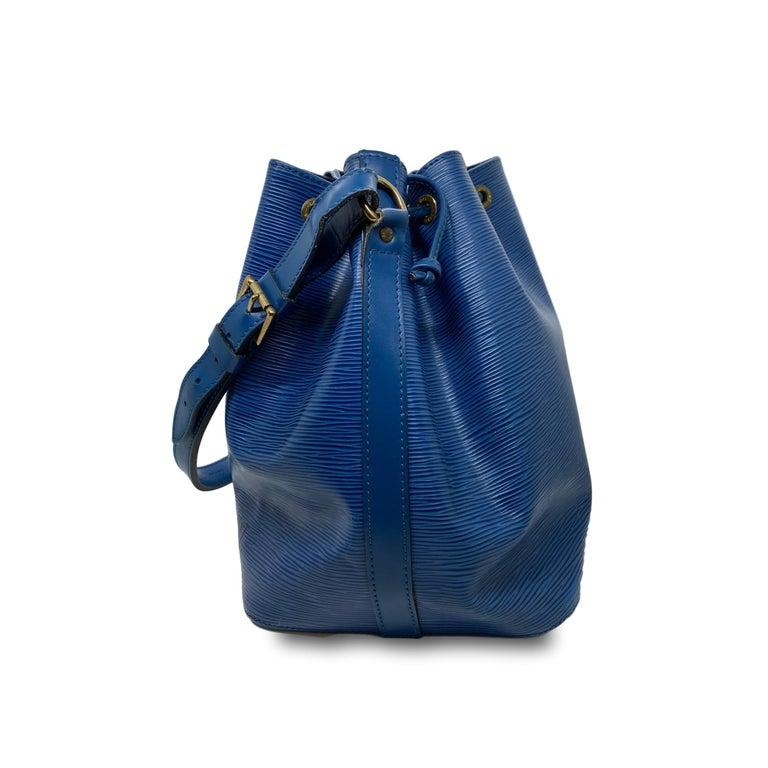 Louis Vuitton Noe PM Toledo Blue EPI Leather Bucket Bag, France 1992. 1