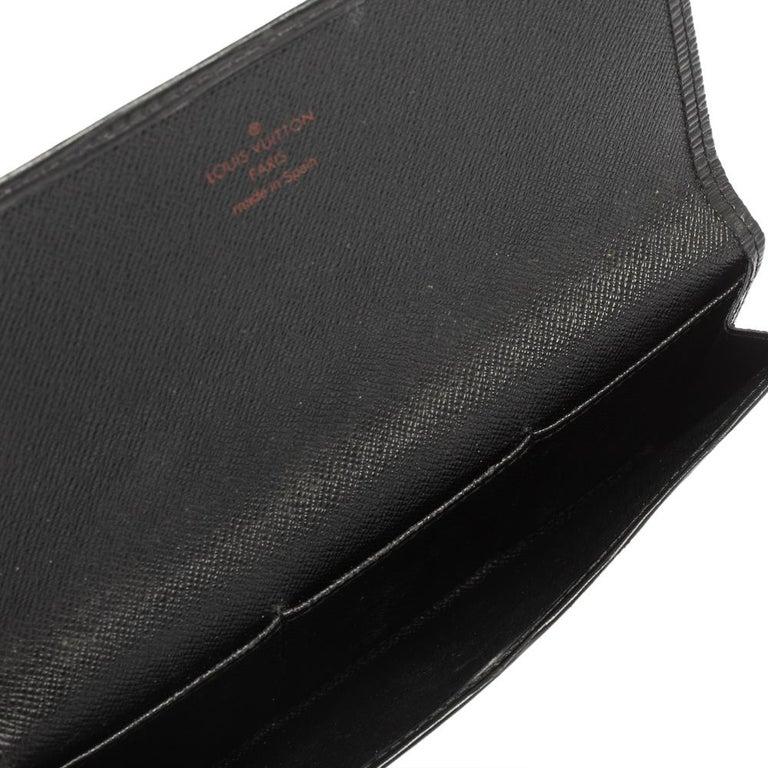 Women's Louis Vuitton Noir Epi Leather Flap Wallet For Sale