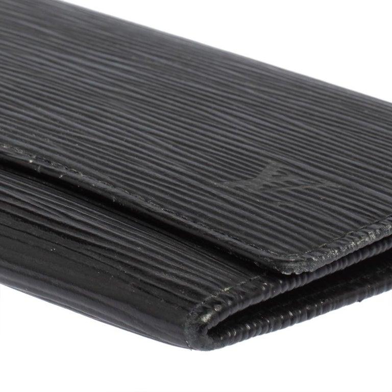 Louis Vuitton Noir Epi Leather Flap Wallet For Sale 2