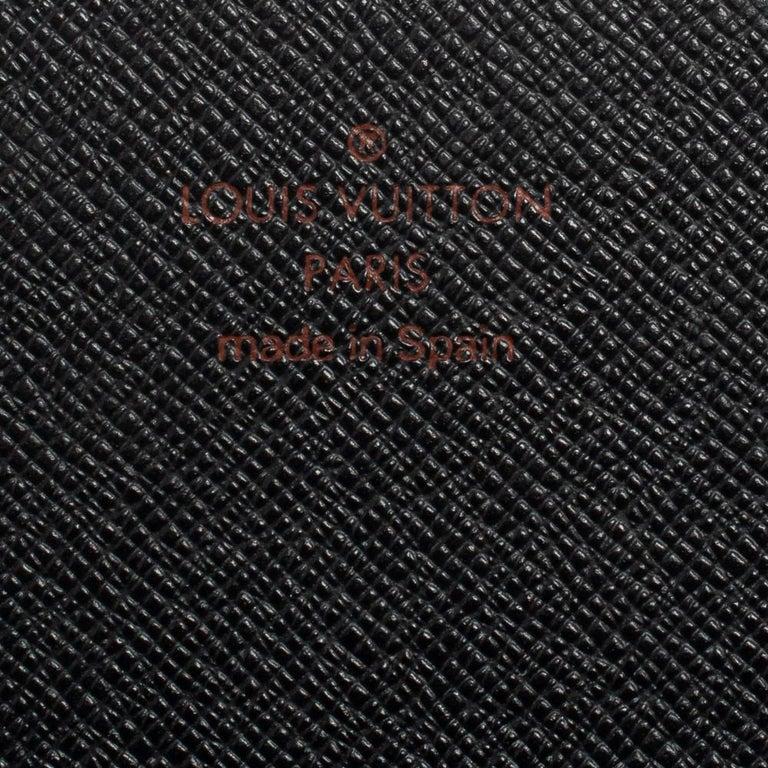Louis Vuitton Noir Epi Leather Flap Wallet For Sale 4