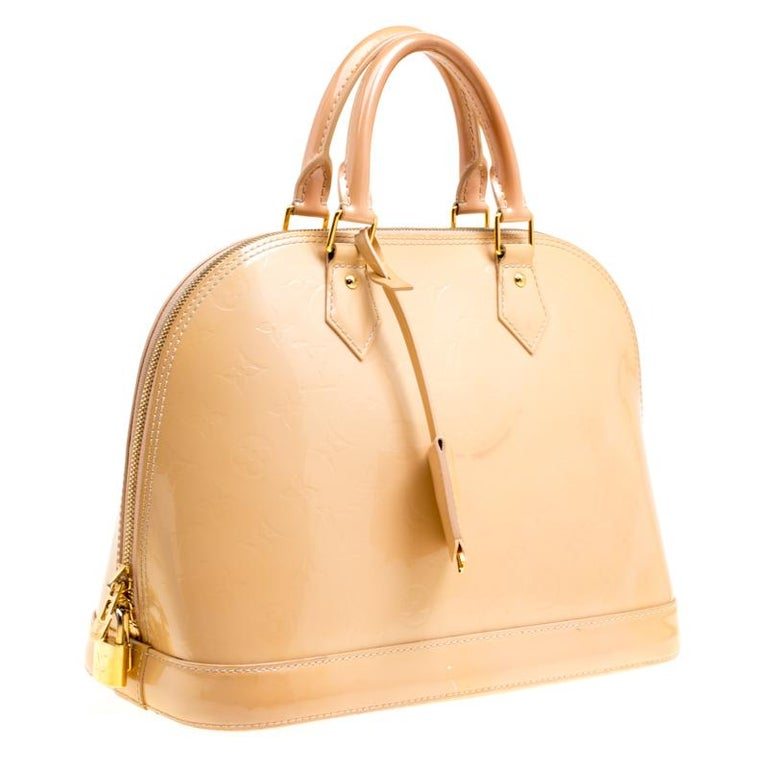 Louis Vuitton Noisette Monogram Vernis Alma PM Bag In Fair Condition In Dubai, Al Qouz 2