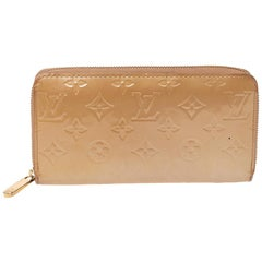 Louis Vuitton Noisette Monogram Vernis Zippy Wallet