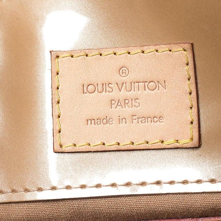 Louis Vuitton Noisette Vernis Reade PM Bag For Sale 3