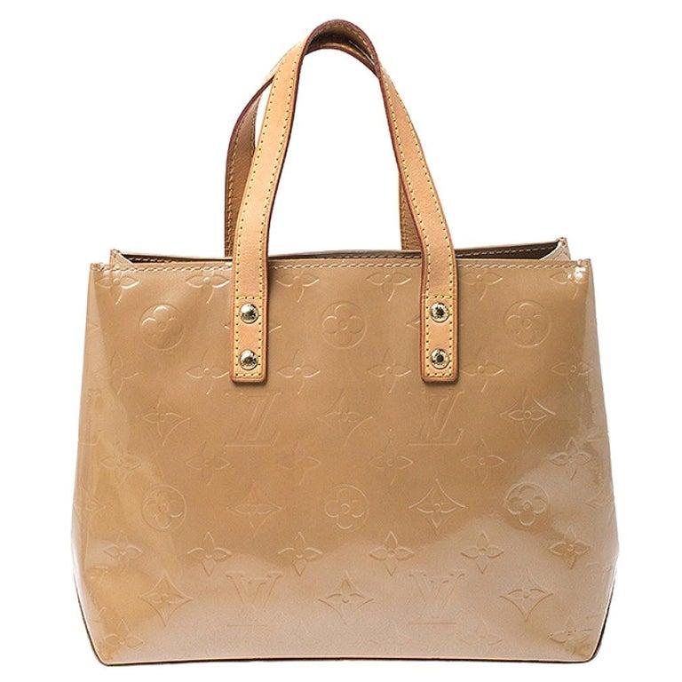 Louis Vuitton Noisette Vernis Reade PM Bag For Sale