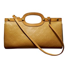 Louis Vuitton Noisette Vernis Roxbury Drive Bag