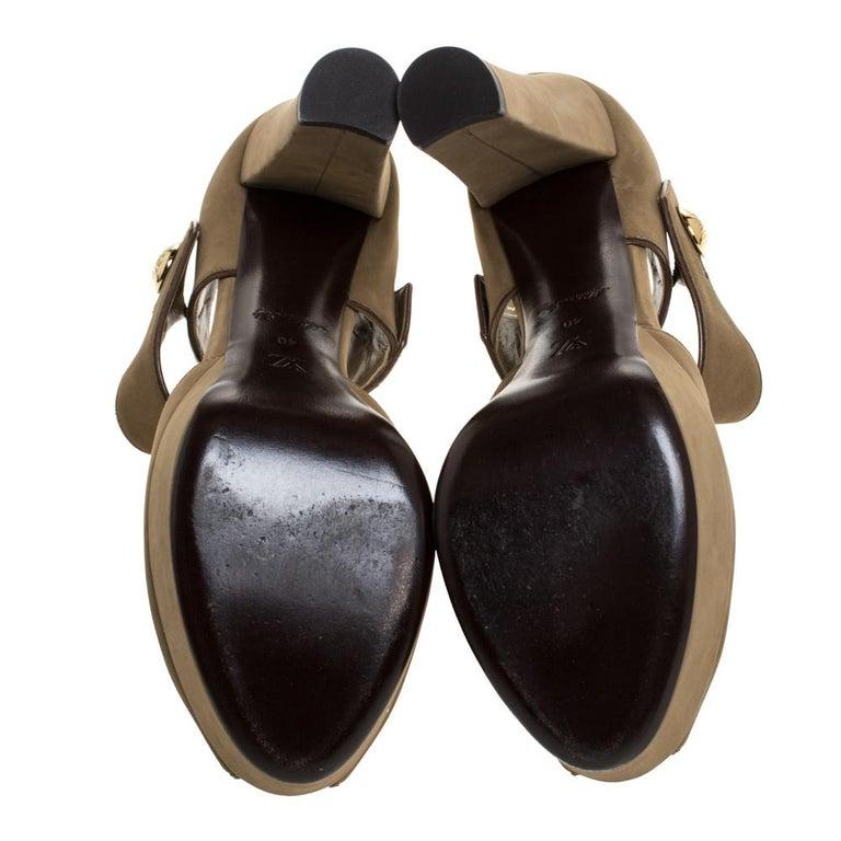 Louis Vuitton Olive Green Nubuck Leather Peep Toe Platform Sandals Size 40 For Sale 2