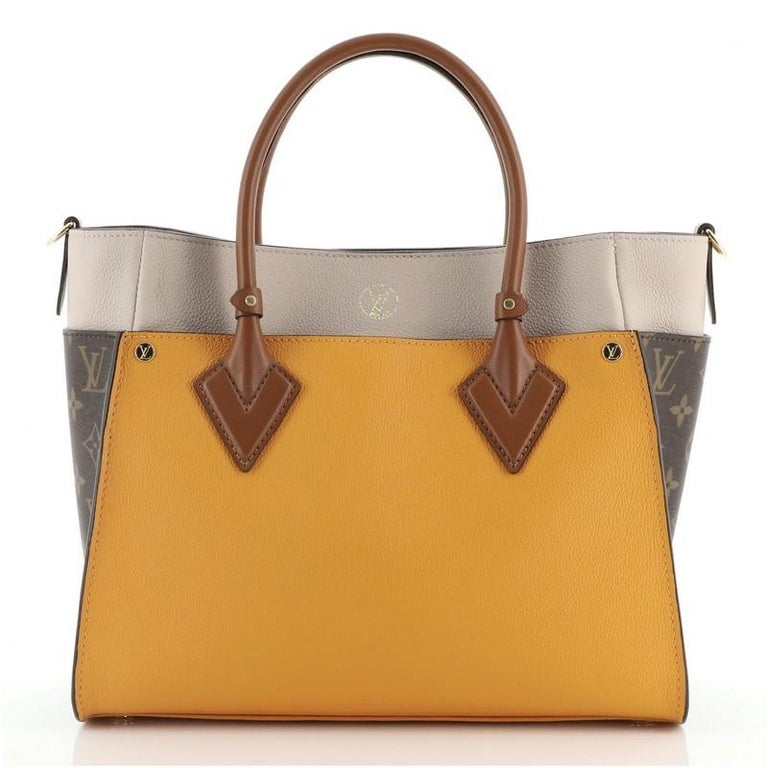 Louis Vuitton On My Side Tote Leather with Monogram Canvas In Good Condition For Sale In New York, NY