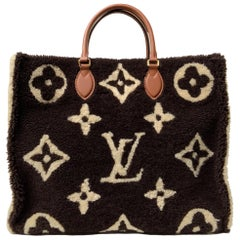 Louis Vuitton Onthego Shearling Teddy Limited Edition GM Tote Bag