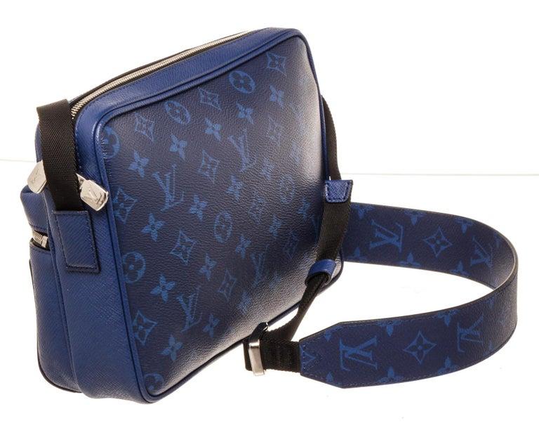 Louis Vuitton Outdoor Messenger Bag For Sale 1