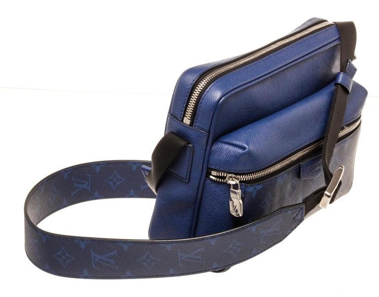 Louis Vuitton Outdoor Messenger Bag For Sale 2
