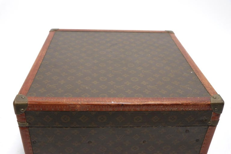Louis Vuitton Overnight Trunk Antique Luggage For Sale 3