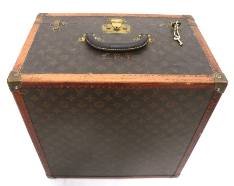 Louis Vuitton Overnight Trunk Antique Luggage For Sale 4
