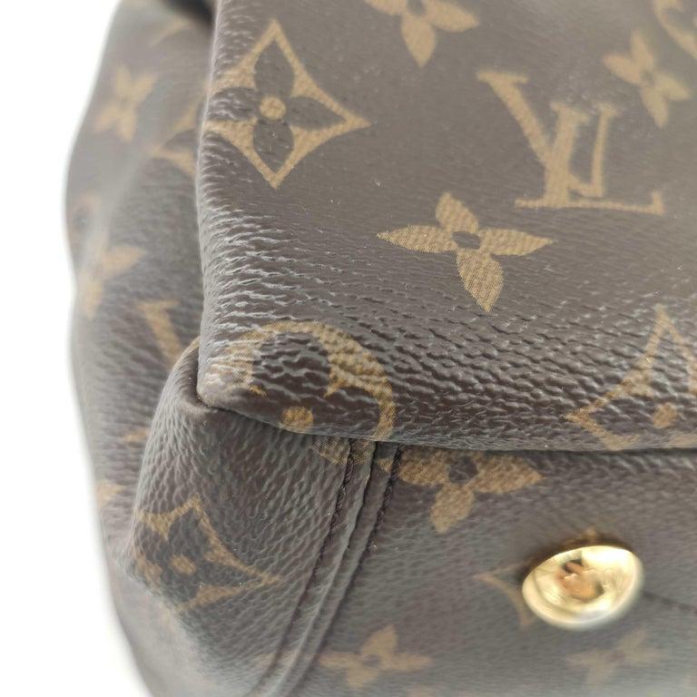 LOUIS VUITTON Pallas Shoulder bag in Brown Canvas For Sale 5