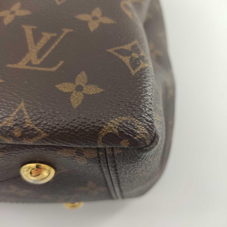 LOUIS VUITTON Pallas Shoulder bag in Brown Canvas For Sale 6