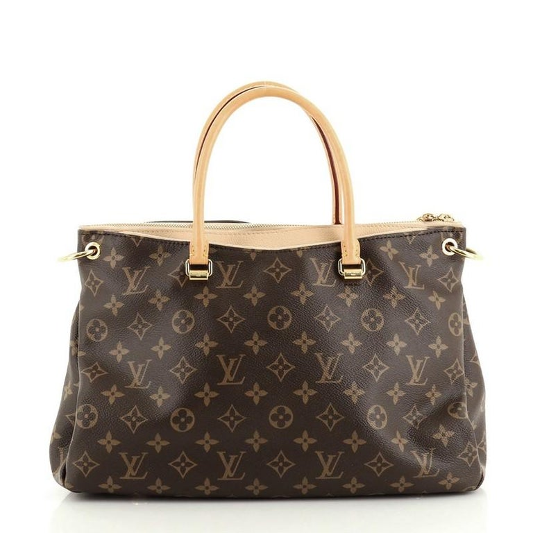 Louis Vuitton Pallas Tote Monogram Canvas In Good Condition For Sale In New York, NY